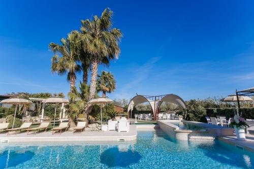 Su Soi - Giardino e piscina (2)